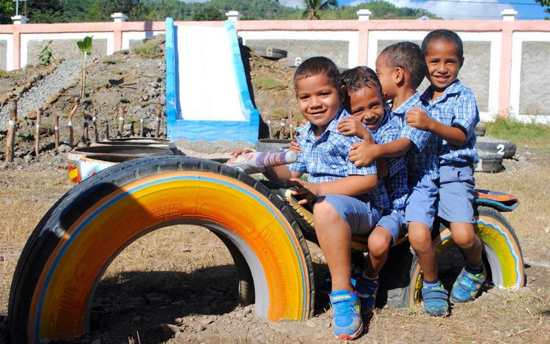 10 Creative DIY School Playground Ideas   Playground Ideas